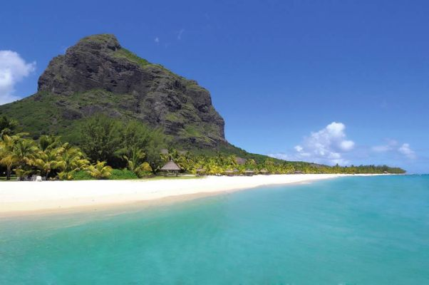 Dinarobin Beach at Le Morne