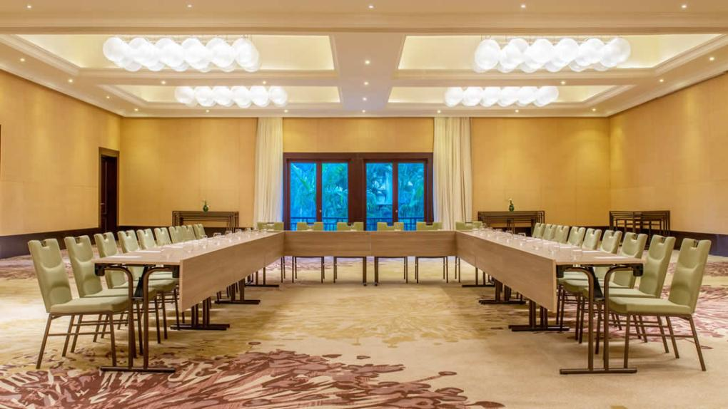 Conference room at Westin Turtle Bay Hotel in Mauritius