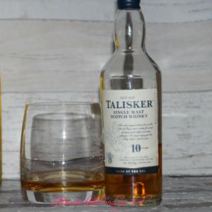 Whisky eingegossen
