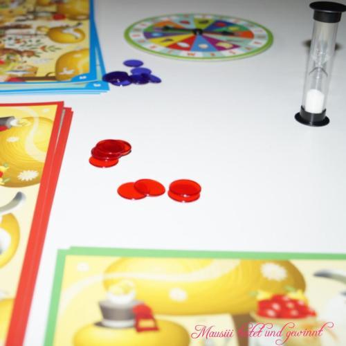 Im Spiel Kaleidos Junior von Asmodee