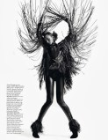 Andreea Diaconu, trandafirul negru de octombrie www.mauvert.com