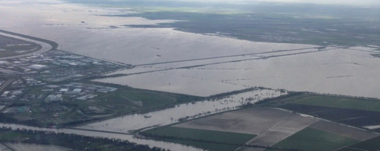 Flooding in the Yolo Bypass 2011