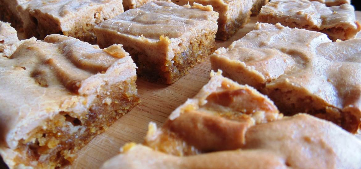 pumpkin cheesecake blondies