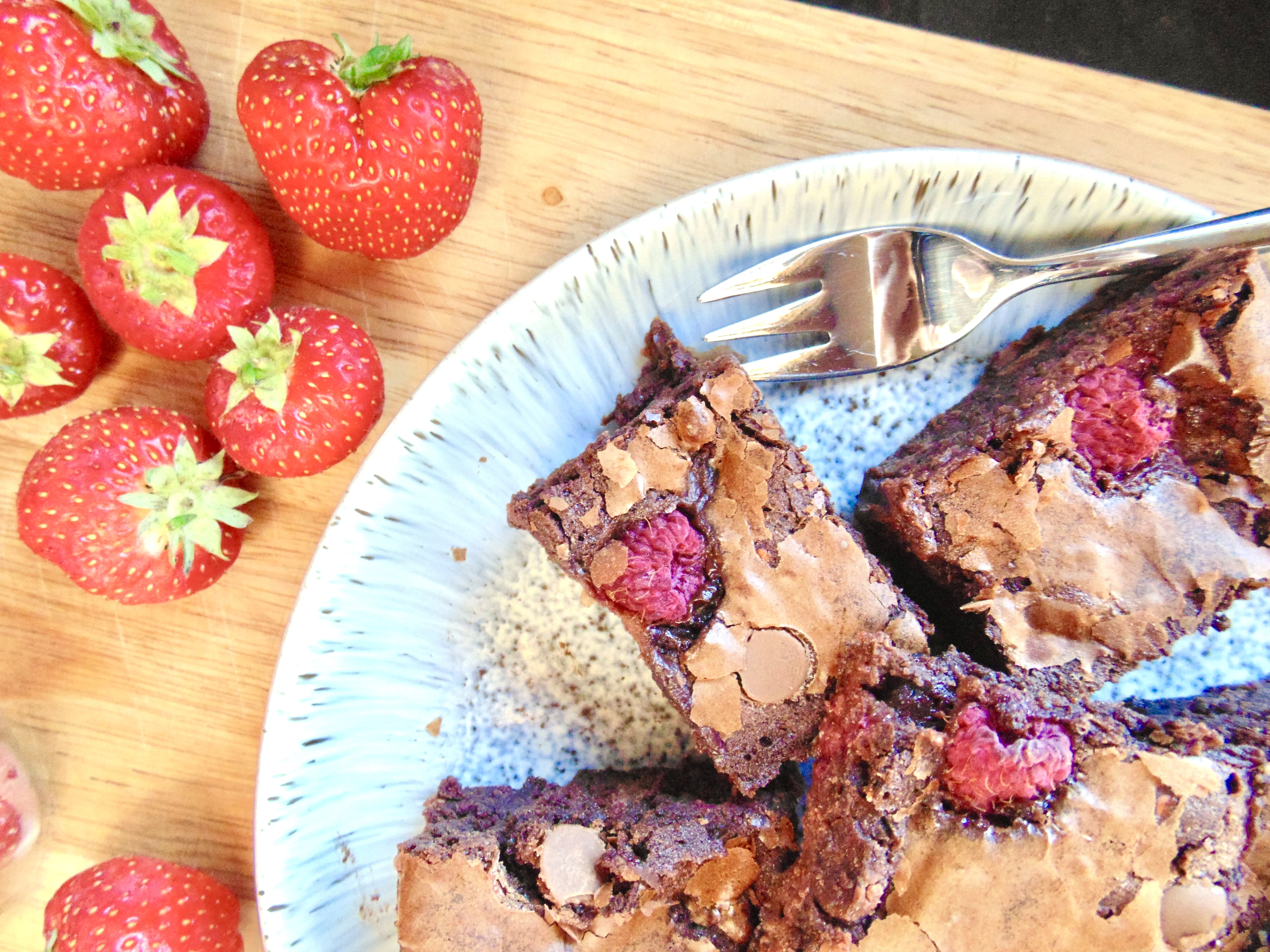 Chocolate Chip Summer Berry Brownies