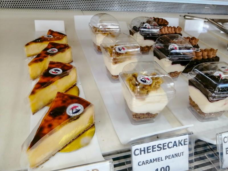 Gateaux patisserie cheese-cake et flanc a Koh Samui