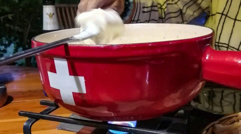 Fondue aux 2 Fromages Suisses chez Pado à Koh Samui