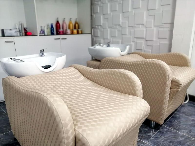 Salon de coiffure haut de gamme Ooh La La Beauty & SPA Palace a Koh Samui. Salon de coiffure pour femme, hommes et enfants.