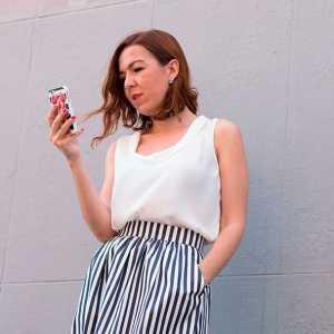 Fashion blogger influencer
