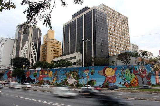 Nunca, Os Gêmeos, Nina. Avenida 23 de mayo, São Paulo.