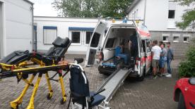 schulsanitätsdienstkrankenwagen