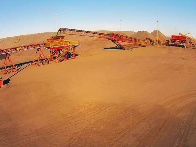 Australia iron ore mine telescopic conveyor
