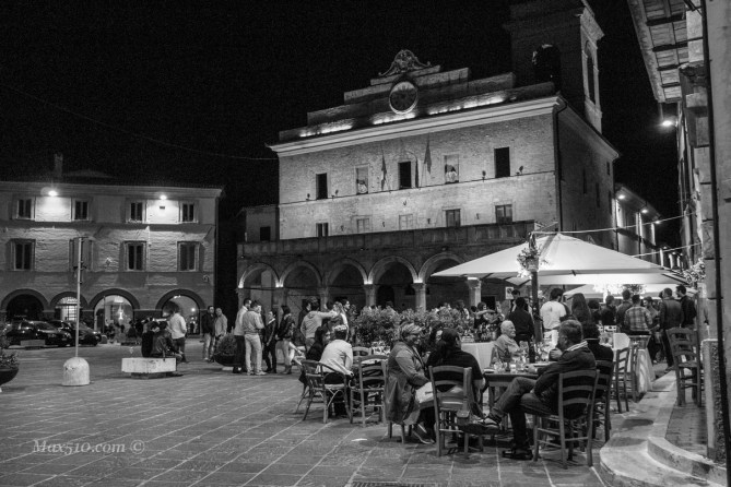 Umbria - Montefalco by night