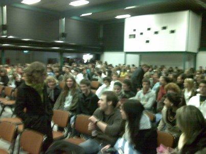 Assemblea studentesca del Liceo di Locarno prima dello sciopero dell'ottobre 2008