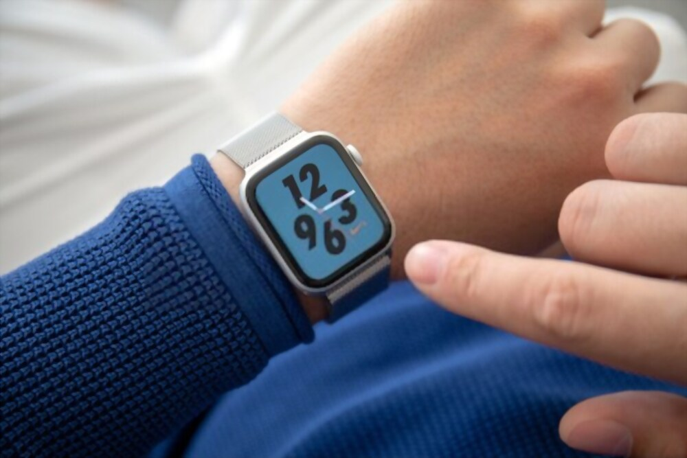 Top 10 Best Apple Watch Series 4 Black Friday Deals 2020