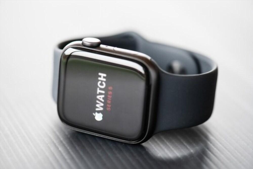 Top 10 Best Apple Watch Series 5 Black Friday Deals 2020