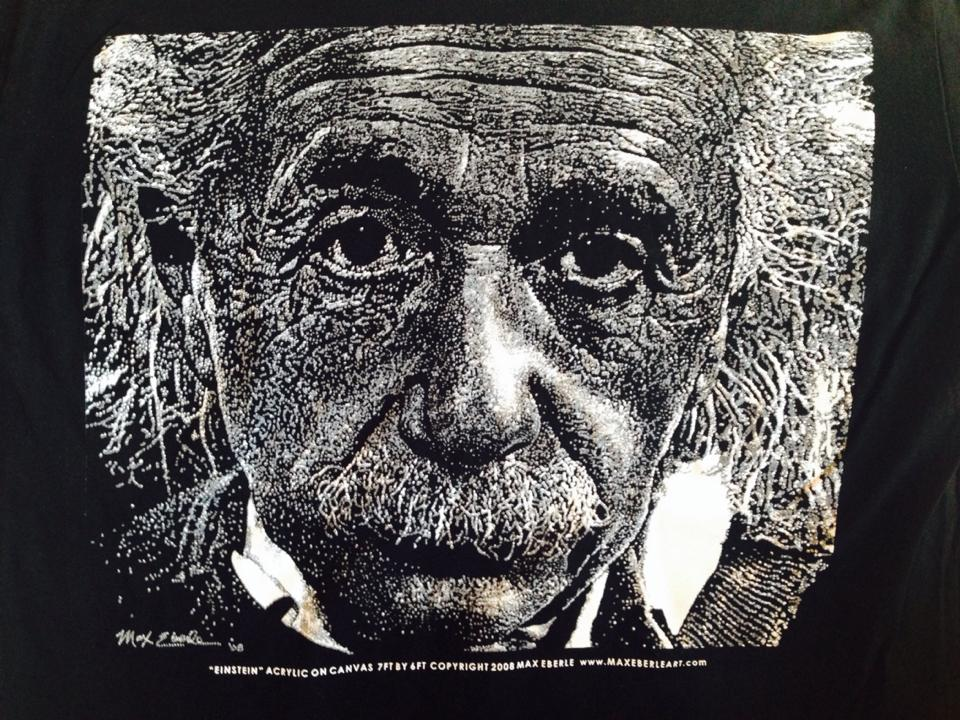 EINSTEIN SHIRT CLOSE