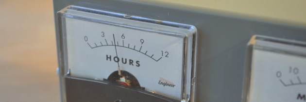 Guest Article: The Analog Voltmeter Clock