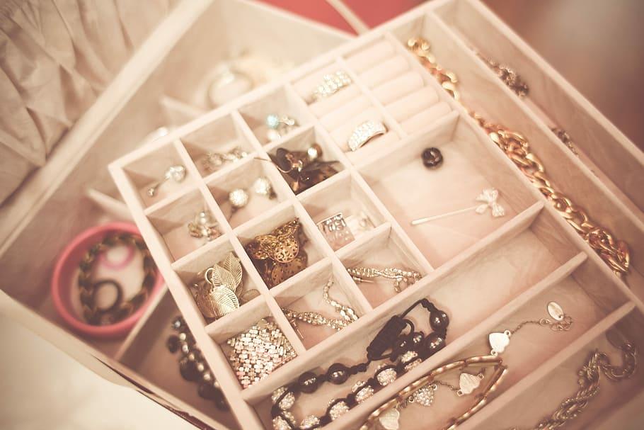 accessories-box-fashion-jewelry