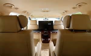 Maxi cab 9 seater booking