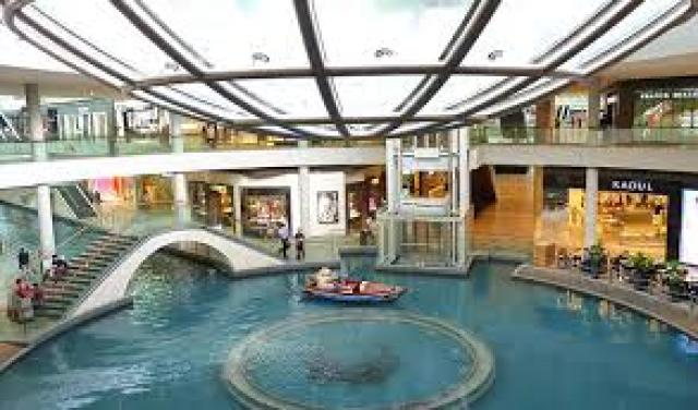 download 13 The Shoppes at Marina Bay Sands in Singapore