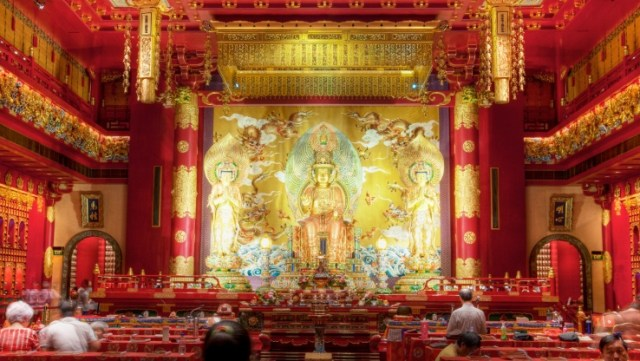 item 1.thumbnail.carousel img.740.416 1 1 300x169 Buddha Tooth Relic Temple and Museum in Singapore