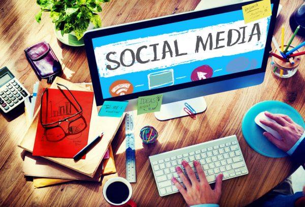 Social Media Apps: 11 Incredible Tools for Managing Your Social Media in 2018 Social Media Tools  44467669_s-600x407
