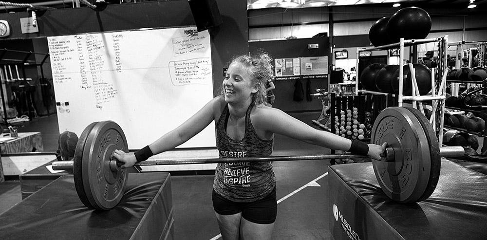 Girl doing CrossFit