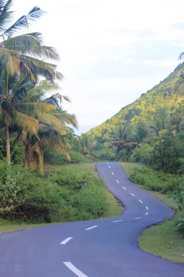 Winding road to Mawi