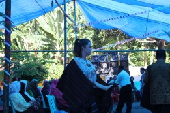 Dancing with the ikat weaving