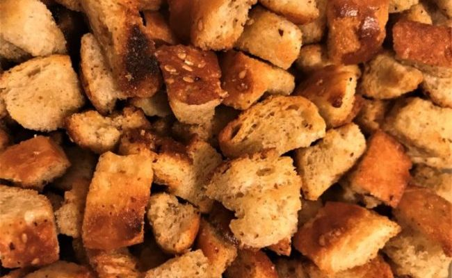 Clothes Make the Man, But Croutons Make the Salad – Crispy, Crunchy Croutons