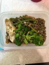 Lunch: Chicken, Broccoli, Lentils, Green Beans