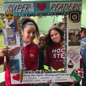 Maya Angelou Super Readers