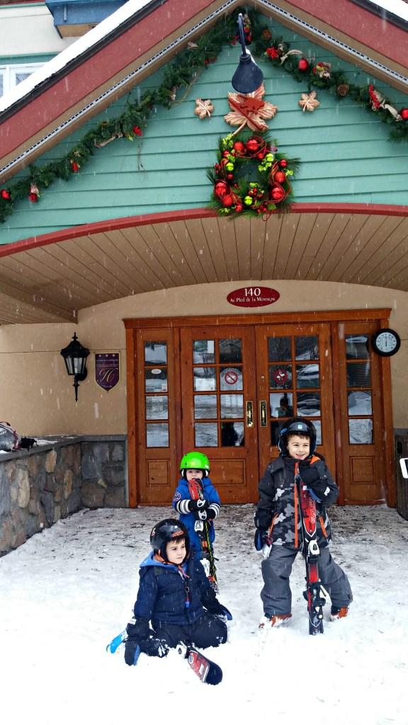 toyota-tremblant-3-boys-skiing