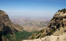 Simien 1 Aman Amba 3 Panorama vallee saison seche