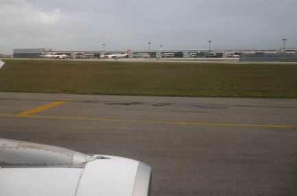 CaboVerde2013-Z Lisboa aeroport landing