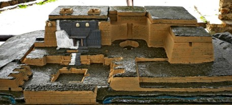 figura 02 maquette chavin de huantar