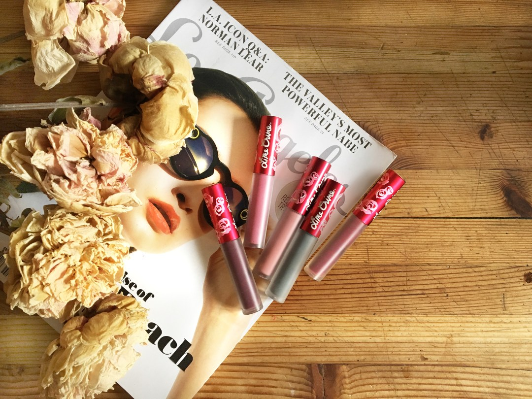 In this review of Lime Crime Velvetines Matte Liquid Lipstick I'll give you the pros and cons of the product as well as some tips. Check it out!