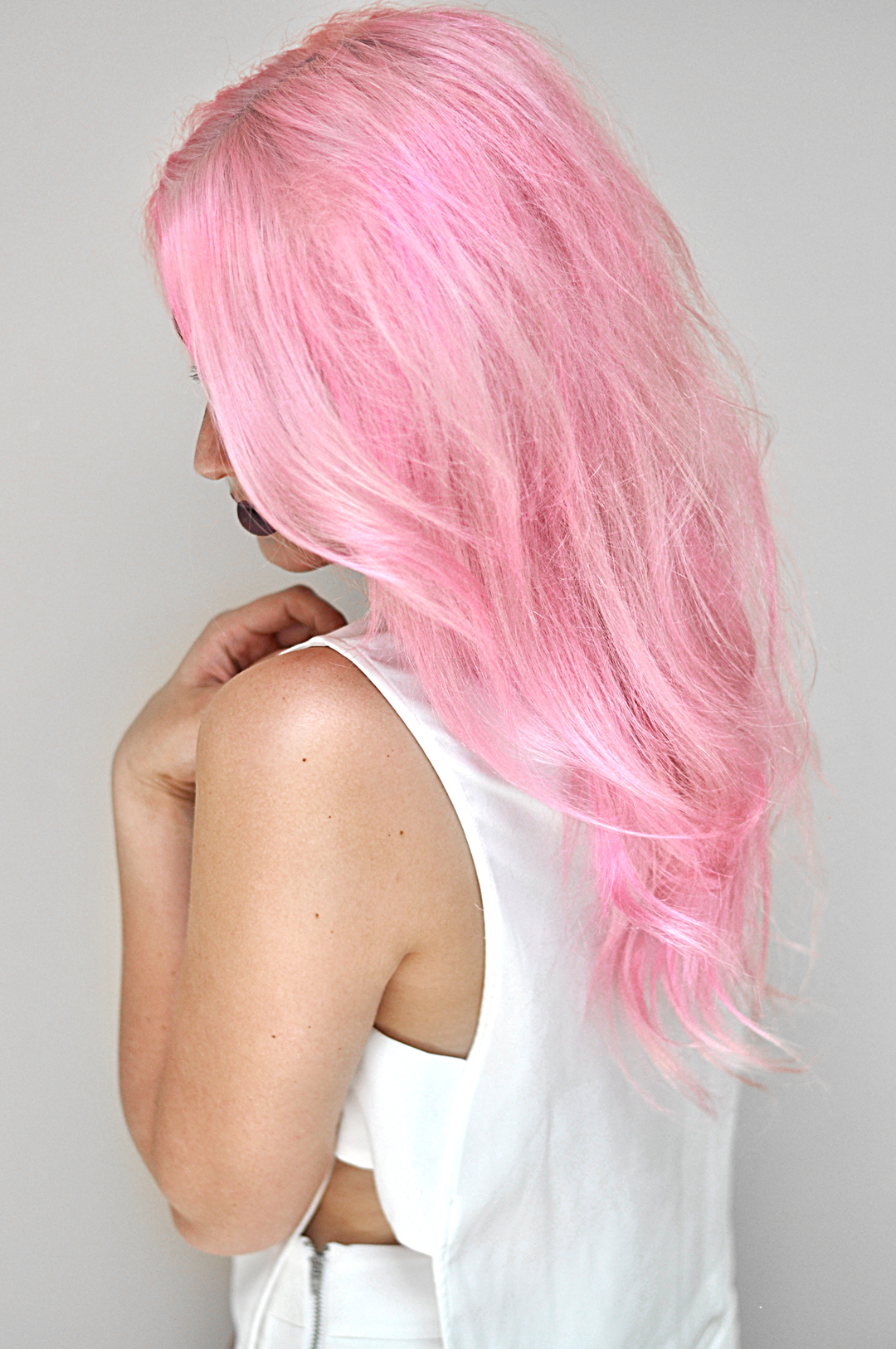 Stop skipping showers, washing with cold water, and dyeing your hair every other day. Keep pastel pink hair from fading the easy way with oVertone!