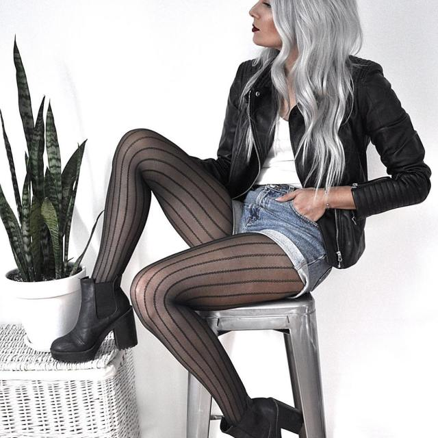 Loving these berkshirelegs tights! Theyre the perfect transitional piece forhellip