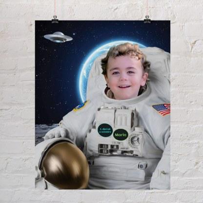 dječak astronaut u svemiru