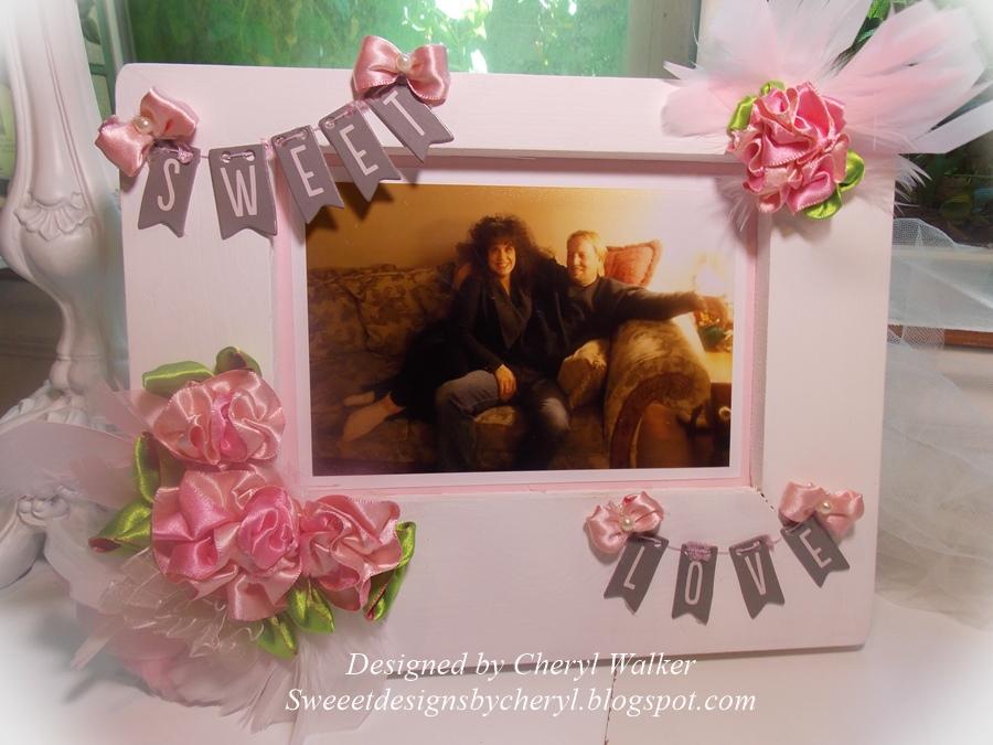 May Arts Ribbon Rosette Photo Frame
