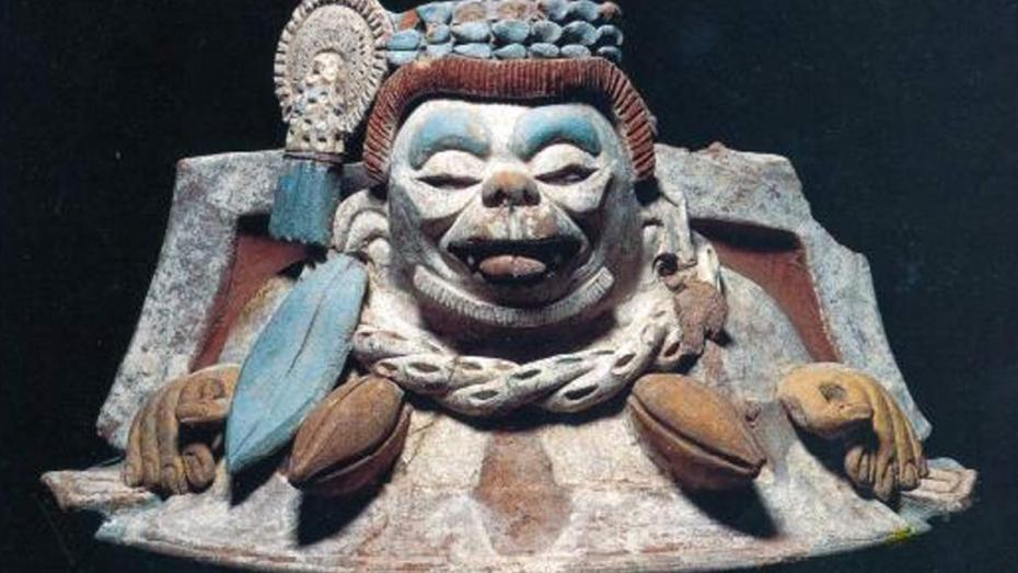 incensario de mono con cacao maya, toniná, chiapas