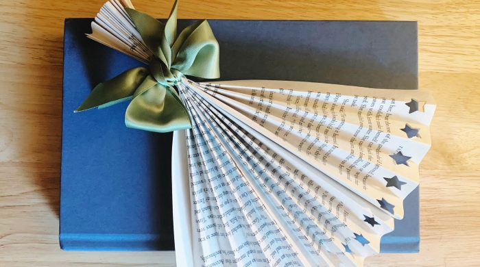 DIY Book Page Paper Fan
