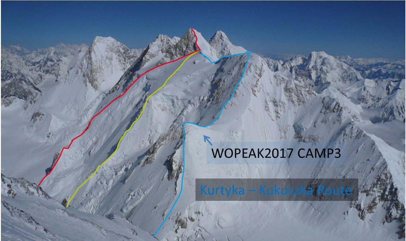 Himalaya: Iñurrategui, Vallejo y Zabalza renuncian a la travesía Gasherbrum G-I y G-II (8.035m) por malas condiciones.