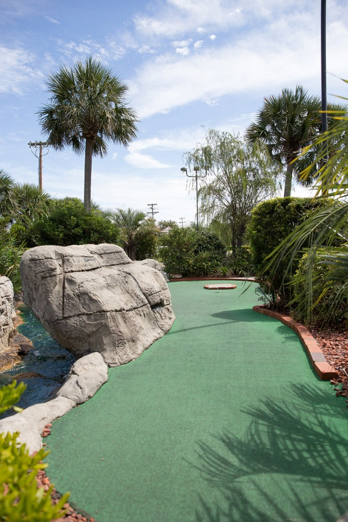 mini golf course in south carolina