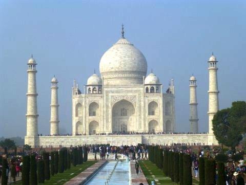 Photo of the Taj Mahal by Barbara Hamby