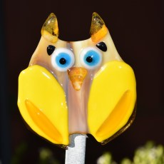 Fused glass yellow and brown owl garden stake art