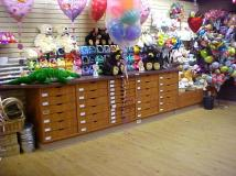 gift shop cabinetry2