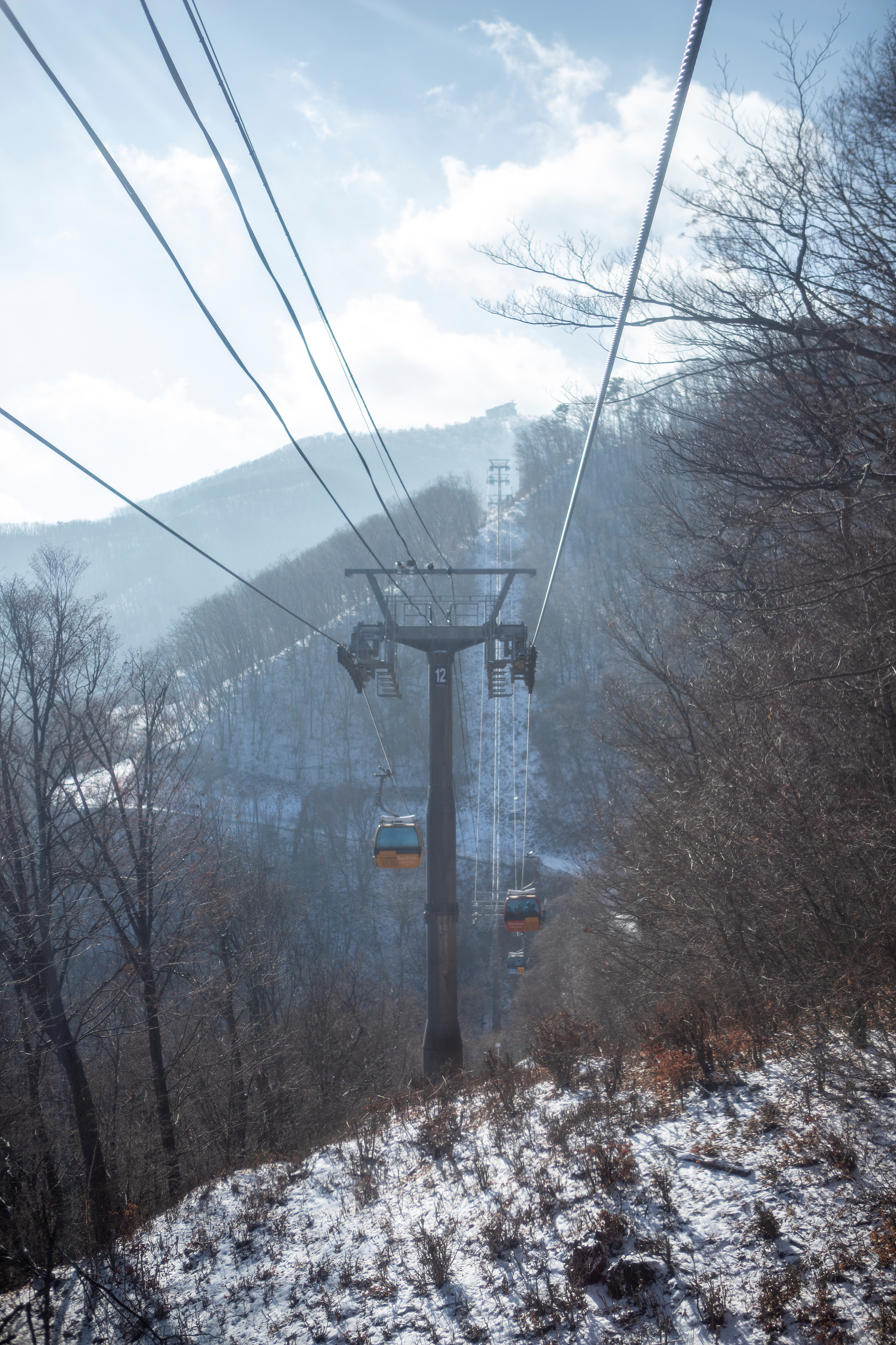 A new attraction in Gangwon-do_Balwangsan Tourist Cable Car