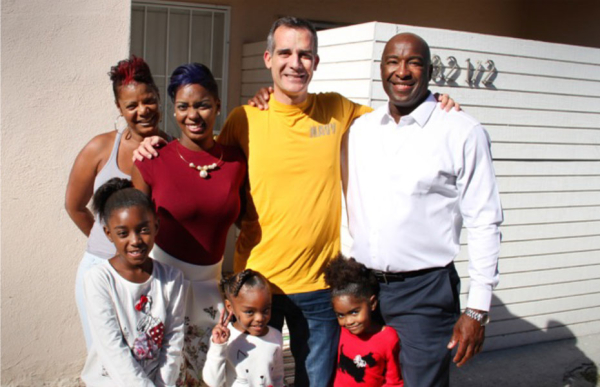 homes-for-heroes-family1